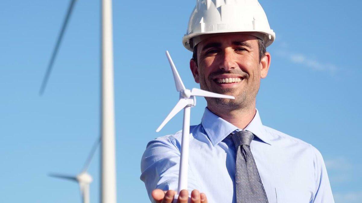 Czytelnia praca na wiatrakach Global Wind Consulting